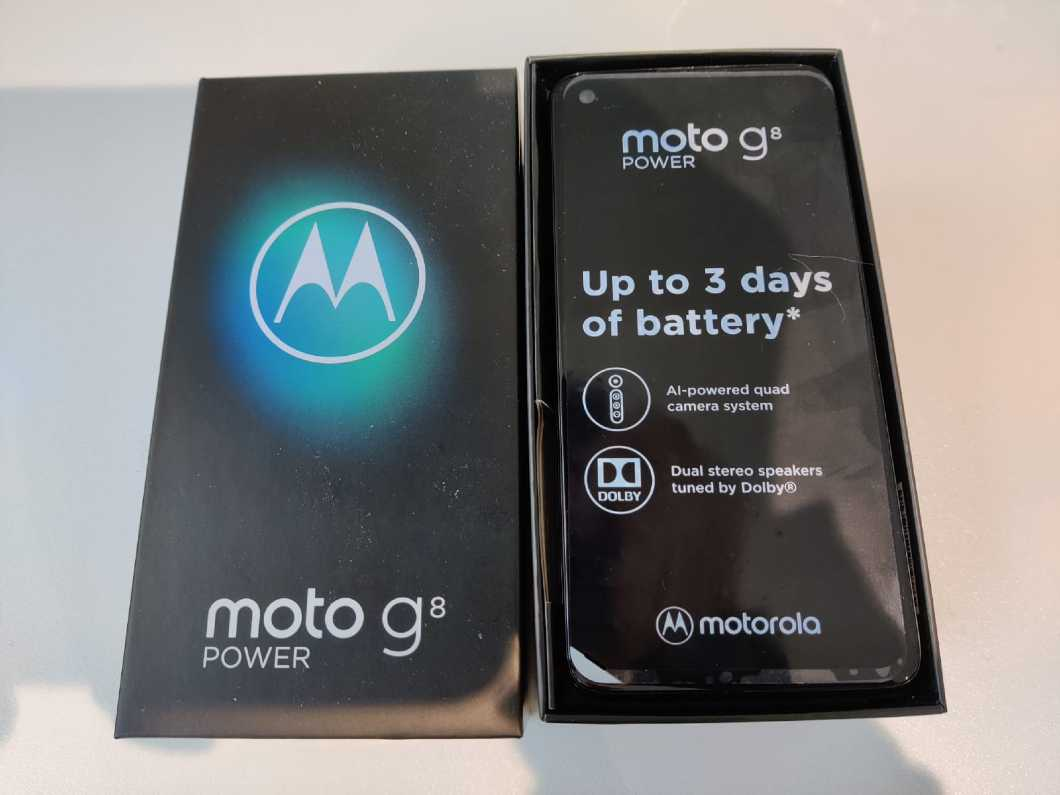 Motorola Moto G8 Power - 64GB - Smoke Black