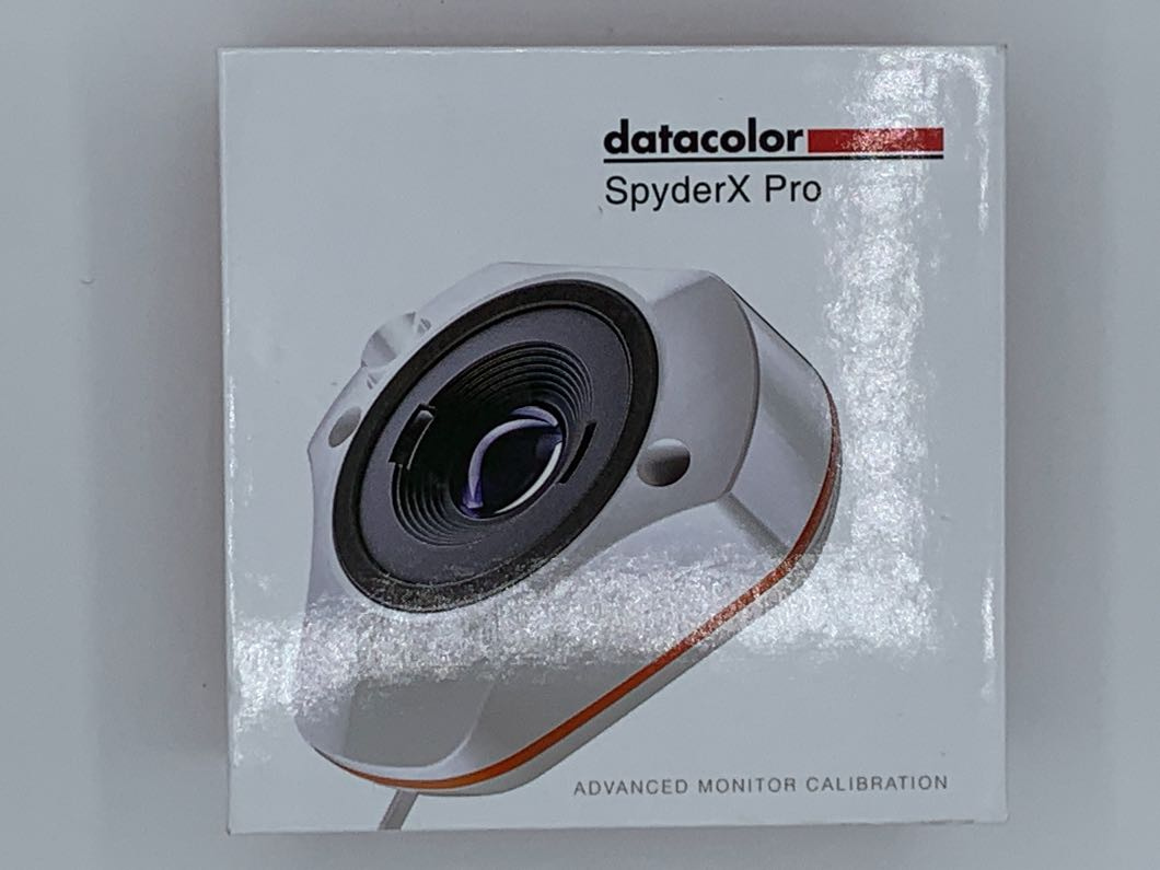 Datacolor SpyderX Pro - Monitor Calibration Tool  designed for serious photographers and designers (SXP100)
