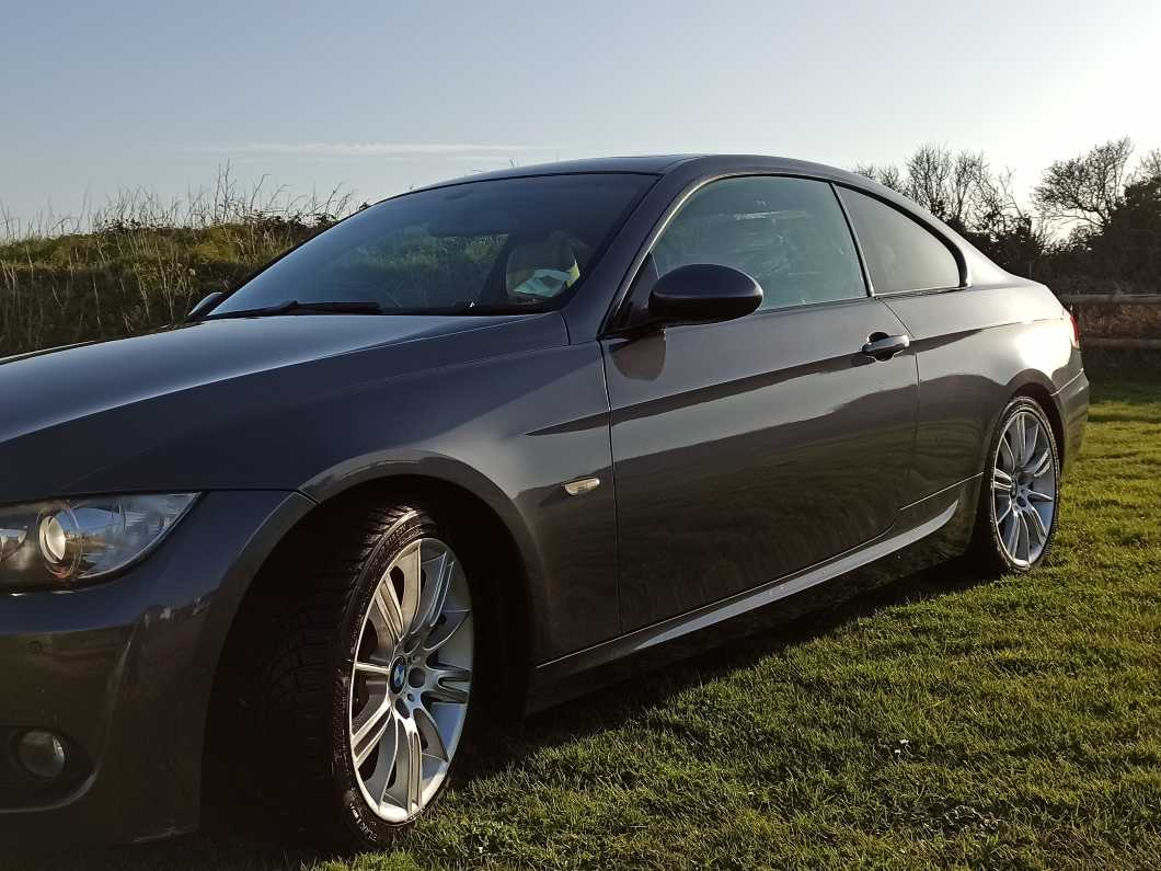 BMW 320d M-Sport Shadow Line