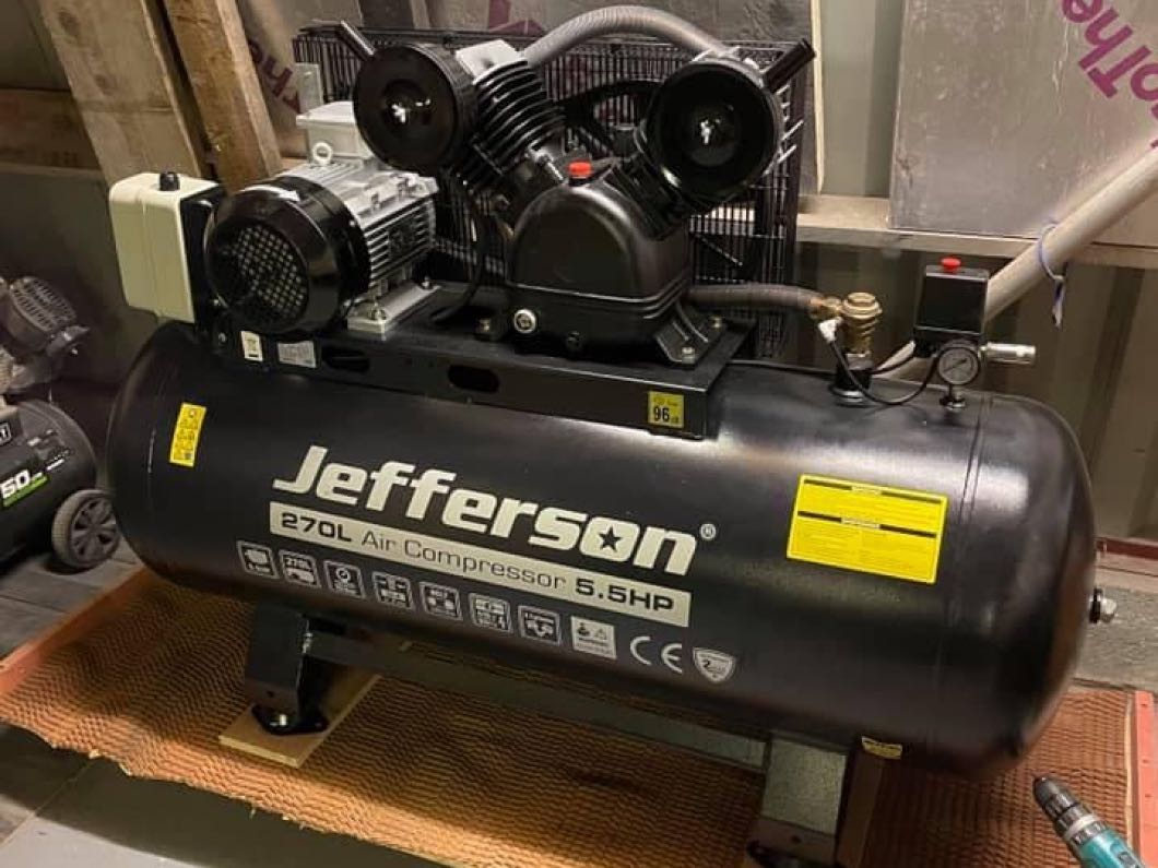 Brand New - 270L Jefferson Air Compressor
