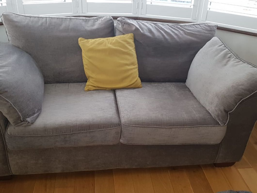 3 and 2 seater settee  (free to collect)