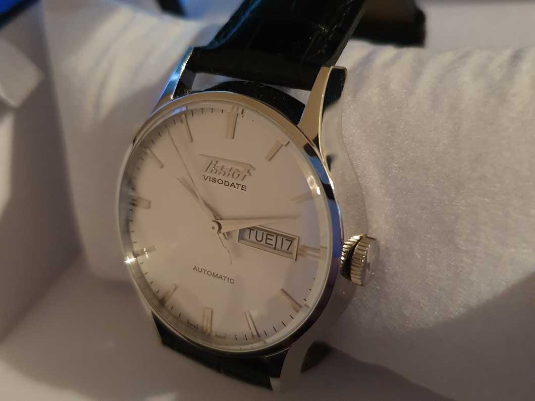 Tissot Visodate Automatic Heritage Collection