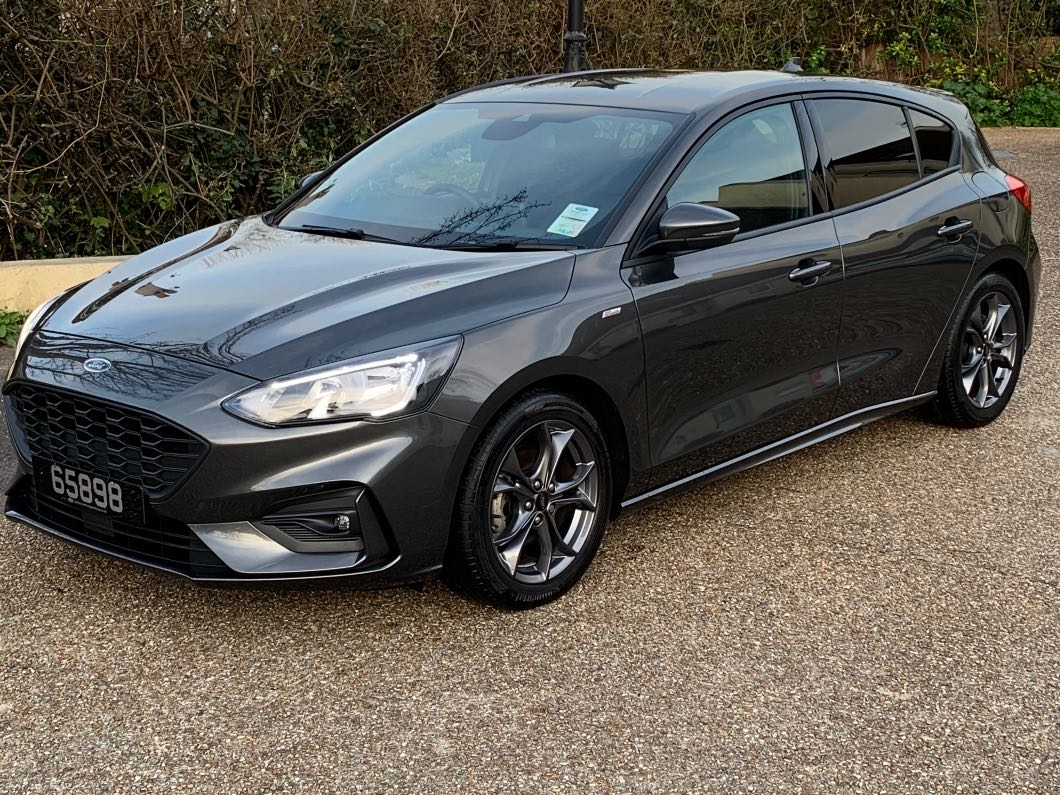 2018 Ford Focus S-T line 1L eco boost