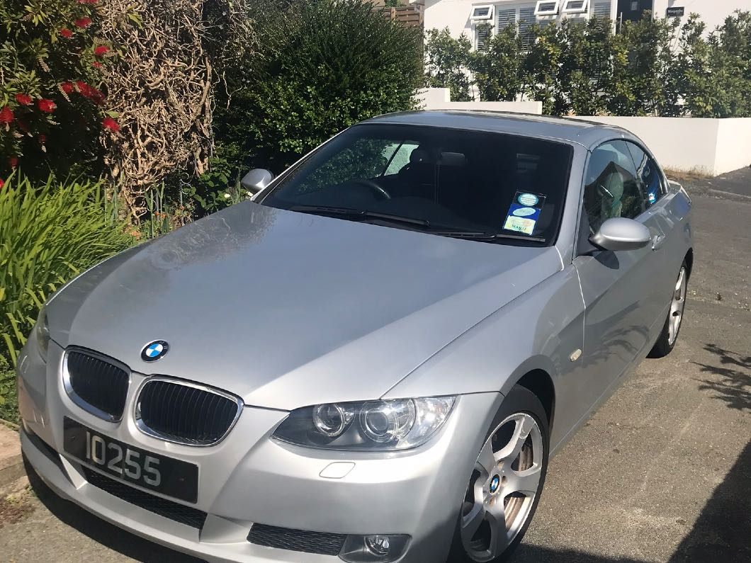 BMW 320i convertible 2007