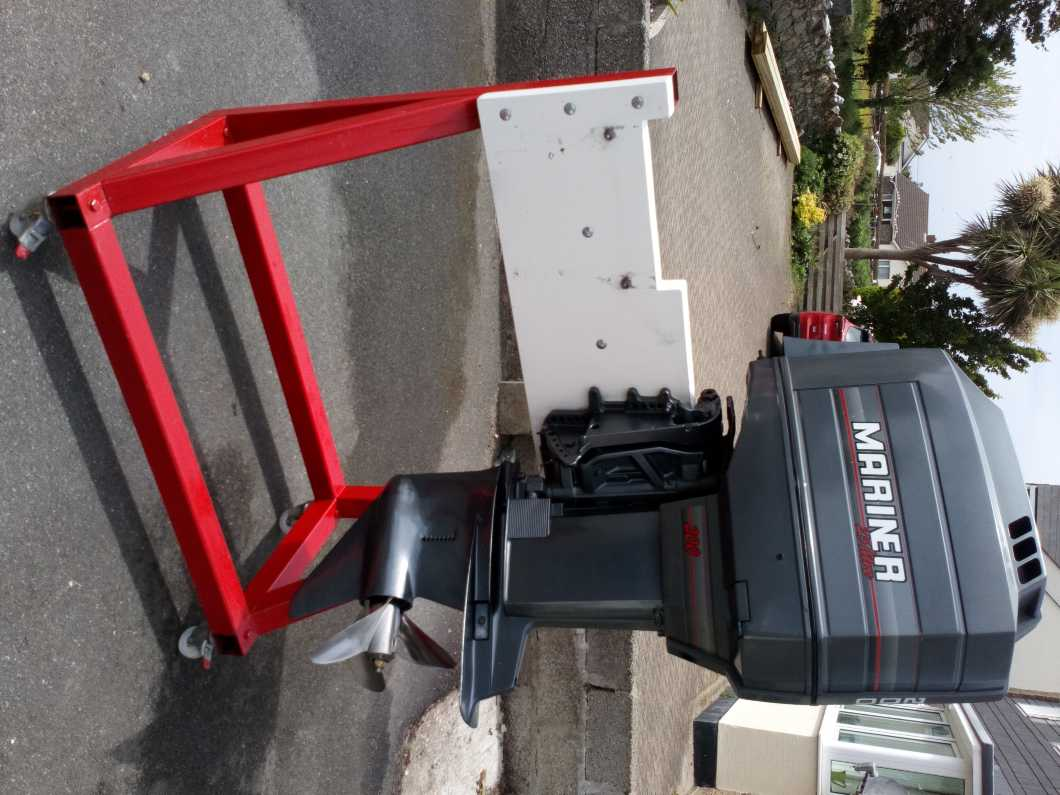 Mariner outboard and engine stand