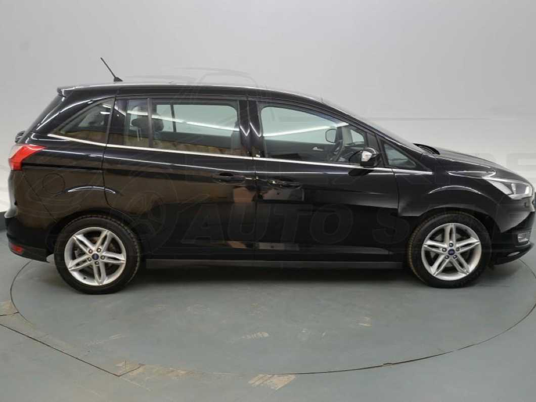 **REDUCED** FORD GRAND C-MAX -2017- 7 SEATER BLACK