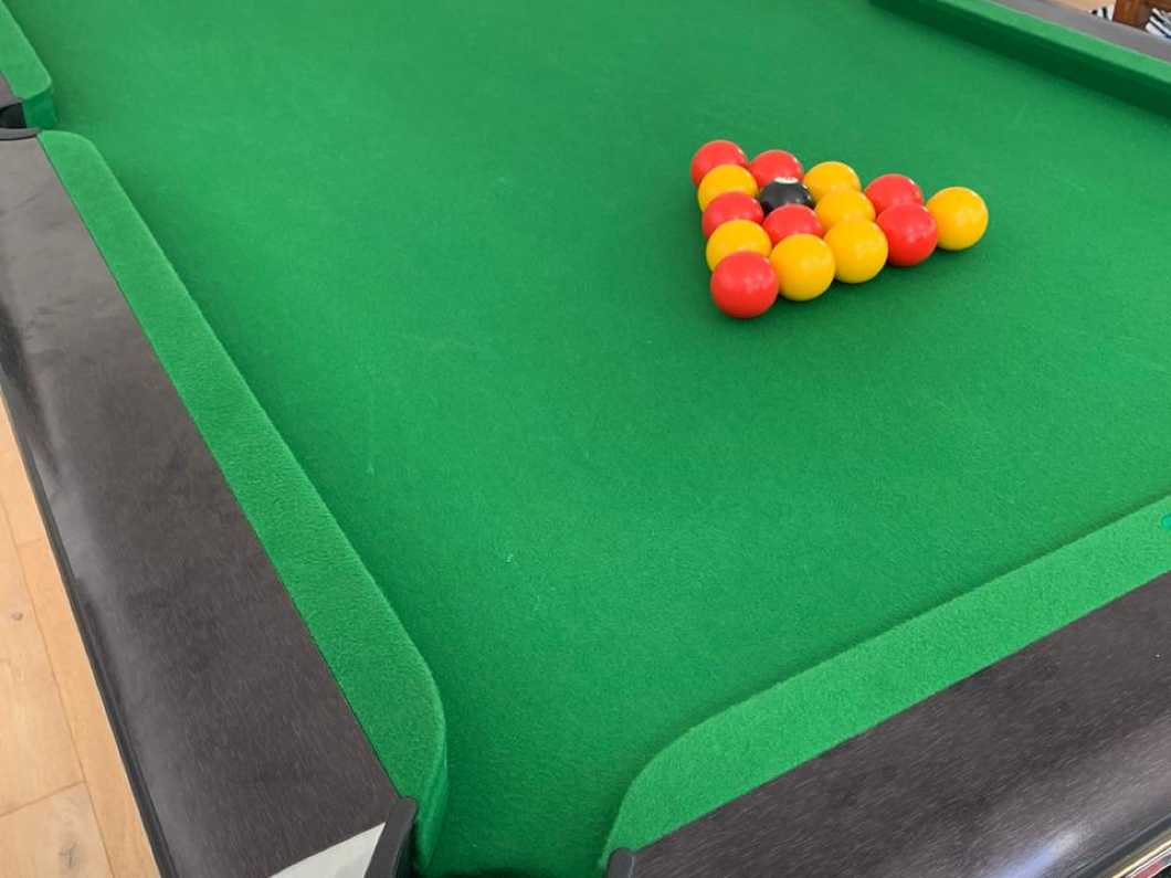 Immaculate Slate bed 7 foot Pool Table