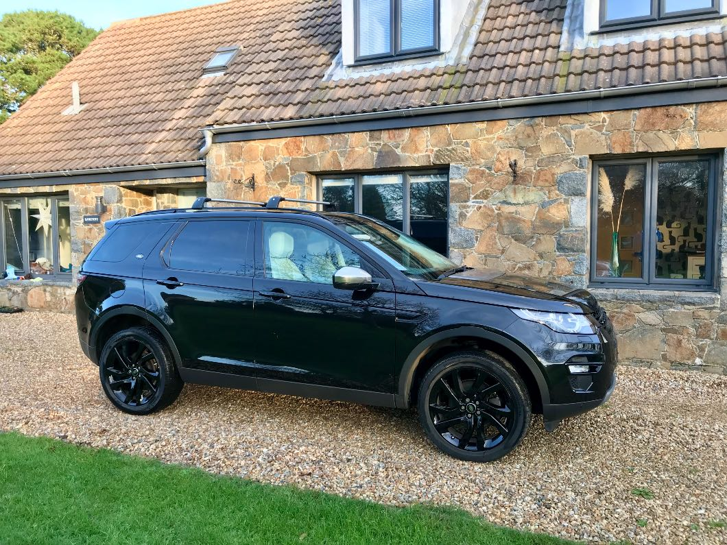 Land Rover Discovery Sport HSE Black