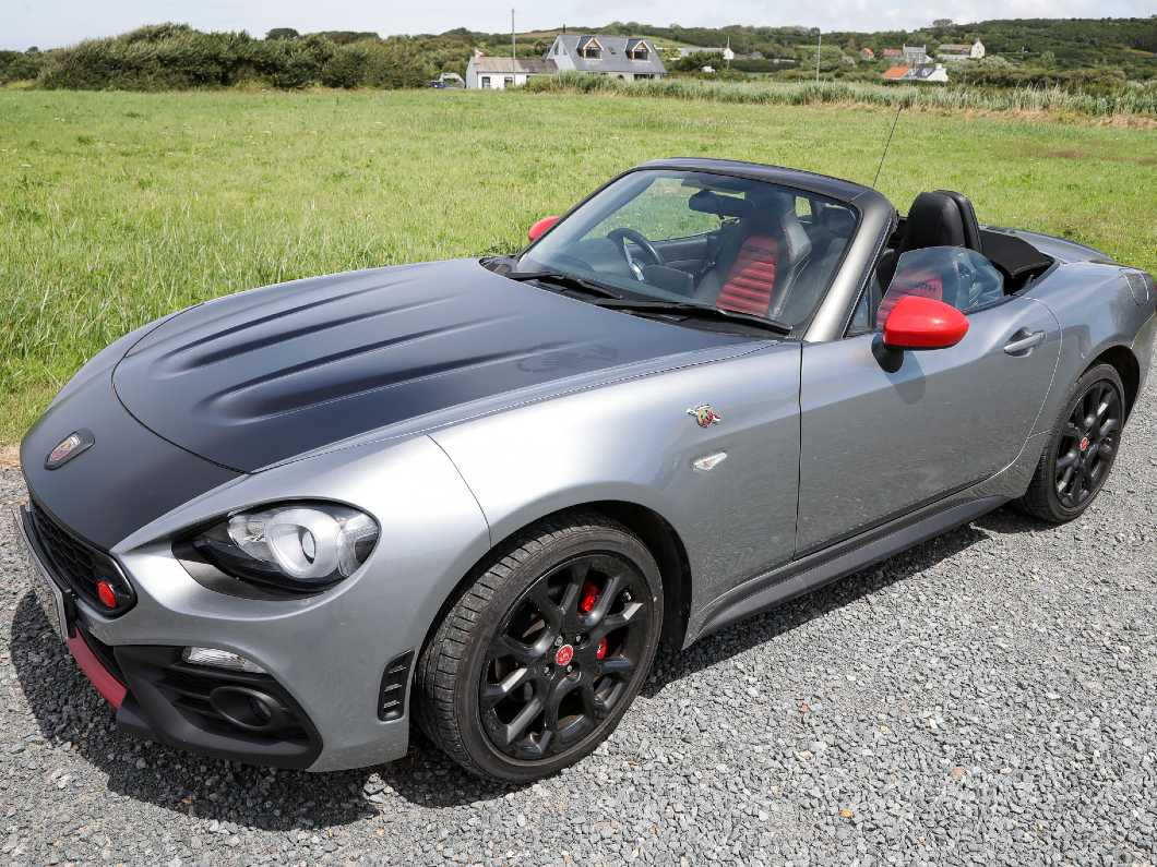 Abarth 124 Spider Convertible, 1.4 M/Air 170 Roadster